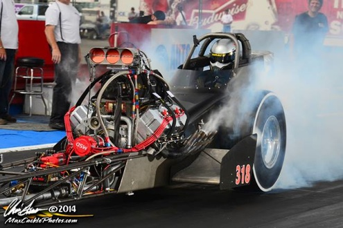 """Dave Hirata boils the skins in Dale Suhr's """"Orange Crate"""" AA/Fuel Dragster"""